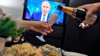 Путин поддержал предложение сделать 31 декабря выходным