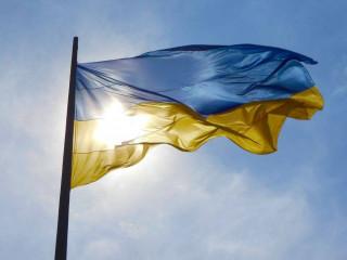 Сало уронили: блогер из Крыма съездила в магазин и обнаружила на границе «символ Украины»