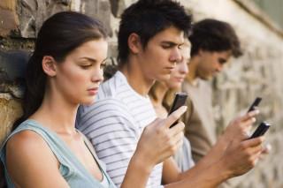 Токсичный ТikTok: как самая популярная соцсеть влияет на бьюти-привычки пользователей